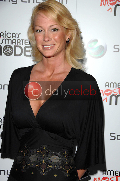 Kimberly Wolfe<br />at the launch party for the new Sony Ericsson Z750 phone hosted by 'America's Most Smartest Model'. Winston's, West Hollywood, CA. 12-03-07<br />Dave Edwards/DailyCeleb.com 818-249-4998