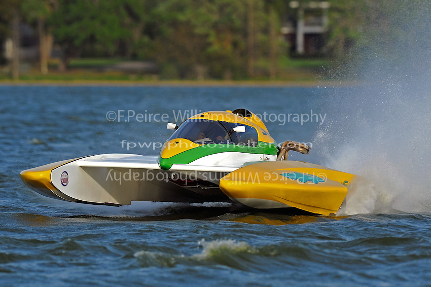 "Matt O'Connor, E-34 ""The Gator"" (5 Litre class hydroplane(s)"