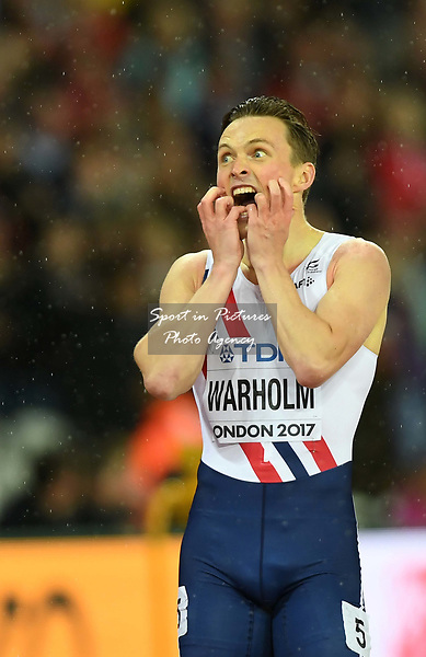 Karsten WARHOLM (NOR) wins the mens 400m hurdles. IAAF world athletics championships. London Olympic stadium. Queen Elizabeth Olympic park. Stratford. London. UK. 09/08/2017. ~ MANDATORY CREDIT Garry Bowden/SIPPA - NO UNAUTHORISED USE - +44 7837 394578