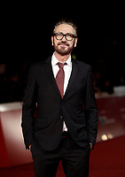 L'attore italiano Marco Giallini posa sul red carpet per la presentazione del film &quot;The Place &quot; durante la Festa del Cinema di Roma, 2 novembre 2017.<br /> Italian actor Marco Giallini poses on the red carpet to present the movie &quot;The place&quot; during the international Rome Film Festival at Rome's Auditorium, November 2, 2017.<br /> UPDATE IMAGES PRESS/Isabella Bonotto