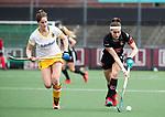 AMSTELVEEN - Hockey - Hoofdklasse competitie dames. AMSTERDAM-DEN BOSCH (3-1). Eva de Goede (A'dam) met links Marloes Keetels (Den Bosch)      COPYRIGHT KOEN SUYK