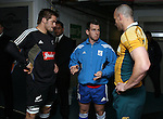 All Blacks captain Richie McCaw and Australia's Stirling Mortlock at the coin toss before the All Blacks v Australia Philips Tri Nations rugby match. Eden Park, Auckland, New Zealand. Saturday 21 July 2007.