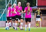 Solna 2014-08-16 Fotboll Damallsvenskan AIK - Kopparbergs/G&ouml;teborg FC :  <br /> Kopparbergs/G&ouml;teborgs Annica Sj&ouml;lund jublar med Lieke Martens och lagkamrater  efter sitt 0-2 m&aring;l<br /> (Foto: Kenta J&ouml;nsson) Nyckelord:  AIK Gnaget Kopparbergs G&ouml;teborg Kopparbergs/G&ouml;teborg jubel gl&auml;dje lycka glad happy
