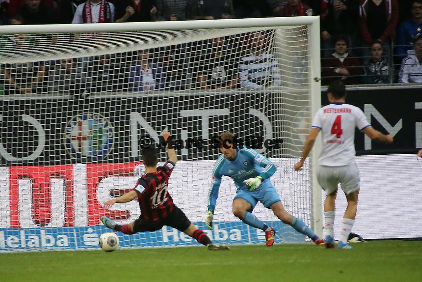 Chance von Vaclav Kadlec (Eintracht) vor dem 1:0 von Johannes Flum - Eintracht Frankfurt vs. Hamburger SV, Commerzbank Arena