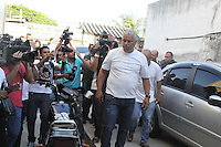 RIO DE JANEIRO, RJ, 19.03.2014 - Os três policiais militares que socorreram a auxiliar de serviços gerais Cláudia Ferreira Silva, de 28 anos, no Morro da Congonha, no Subúrbio do Rio, no domingo (16), prestam novo depoimento no 29º DP, em Madureira, Zona Norte nesta quarta-feira (19).(Foto Celso Barbosa / Brazil Photo Press)