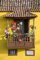 Spain, Canary Islands, La Palma, Tazacorte: residential building, balcony, flower decorated