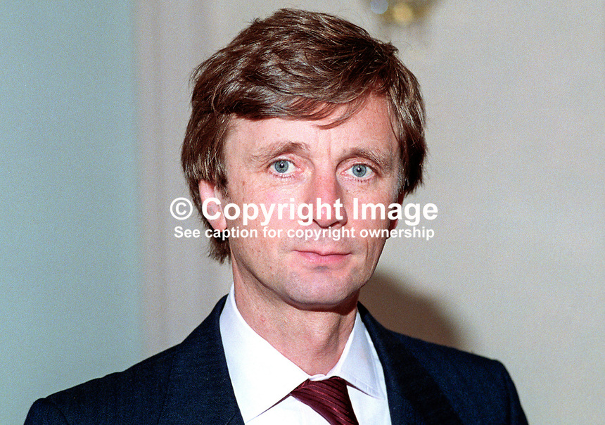 Archy Kirkwood, MP, Liberal Democrat, UK, 19920902AK<br /> <br /> Copyright Image from Victor Patterson,<br /> 54 Dorchester Park, <br /> Belfast, UK, BT9 6RJ<br /> <br /> t1: +44 28 9066 1296 (from Rep of Ireland 048 9066 1296)<br /> t2: +44 28 9002 2446 (from Rep of Ireland 048 9002 2446)<br /> <br /> m: +44 7802 353836<br /> <br /> e: victorpatterson@me.com<br /> www.victorpatterson.com<br /> <br /> Please see my Terms and Conditions of Use at www.victorpatterson.com. It is IMPORTANT that you familiarise yourself with them.<br /> <br /> Images used on the Internet must be visibly watermarked i.e. &copy; Victor Patterson<br /> within the body of the image and copyright metadata must not be deleted. Images <br /> used on the Internet have a size restriction of 4kbs and will be chargeable at current<br />  NUJ rates unless agreed otherwise.<br /> <br /> This image is only available for the use of the download recipient i.e. television station, newspaper, magazine, book publisher, etc, and must not be passed on to any third <br /> party. It is also downloaded on condition that each and every usage is notified within 7 days to victorpatterson@me.com<br /> <br /> The right of Victor Patterson to be identified as the author is asserted in accordance with The Copyright Designs And Patents Act (1988). All moral rights are asserted.