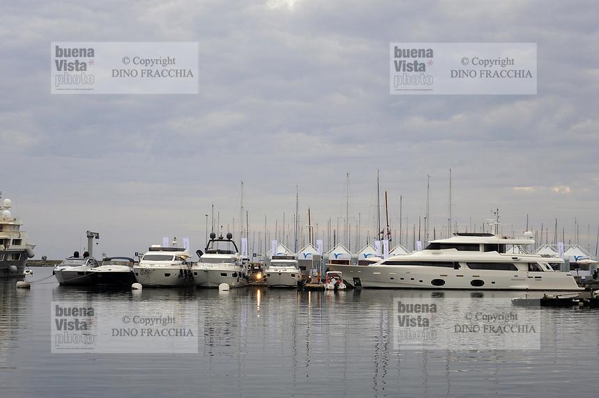 - Viareggio (Toscana), salone della nautica<br /> <br /> - Viareggio (Tuscany), Versilia Yachting Rendez-vous