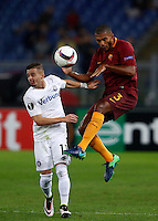 Calcio, Europa League, Gguppo E: Roma vs Austria Vienna. Roma, stadio Olimpico, 20 ottobre 2016.<br /> Austria Wien's Lucas Venuto, left, and Roma&rsquo;s Juan Jesus fight for the ball during the Europa League Group E soccer match between Roma and Austria Wien, at Rome's Olympic stadium, 20 October 2016. The game ended 3-3.<br /> UPDATE IMAGES PRESS/Isabella Bonotto