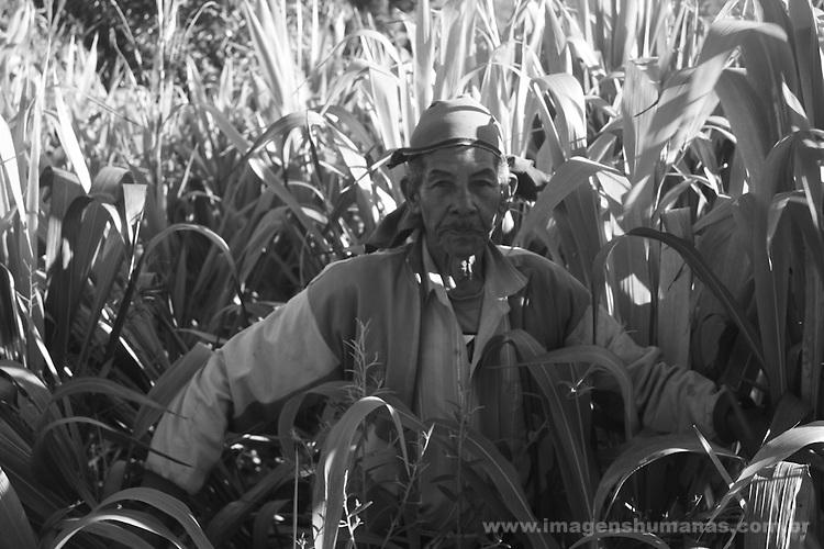 Geraizeiros do Vale das Cancelas ; população tradicional do semiárido do norte de Minas Gerais . Região de nova fronteira mineral .