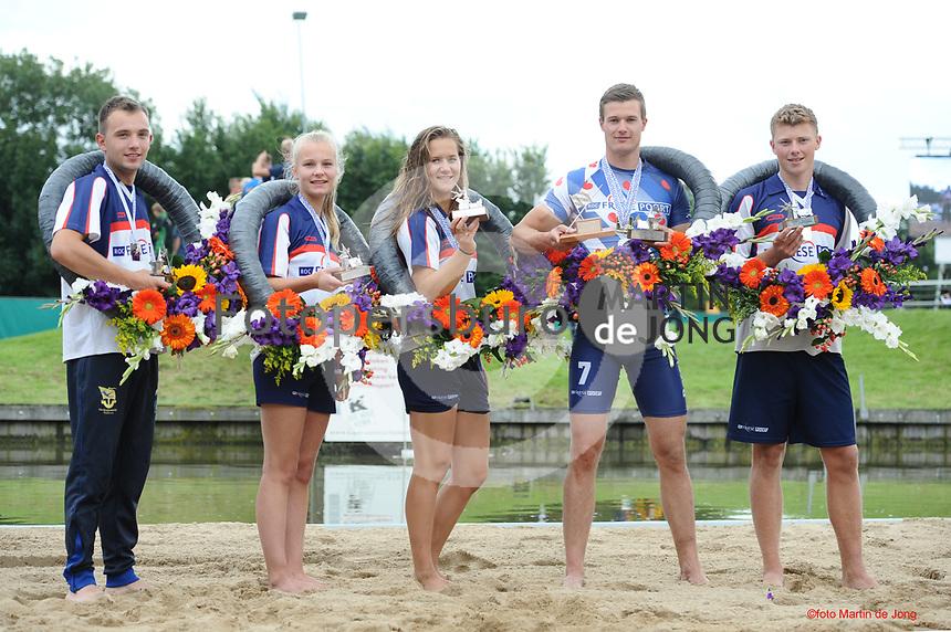 FIERLJEPPEN: WINSUM: 12-08-2017, Frieskampioenschap Fierljeppen, winnaars Bobby Zwaagman 19.52m, Fardau van Akker 15.42m, Klaske Nauta 15.64m, Nard Brandsma 20.72m, Jarich Wijnstra 18.13m, ©foto Martin de Jong