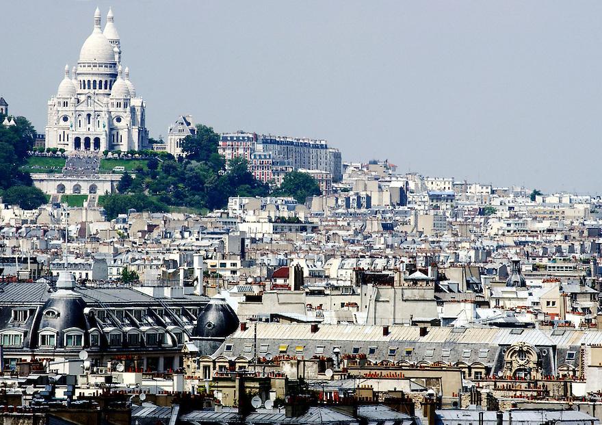Frankrijk, Parijs, 11 juli 2003..Parijs. Hoofdstad Frankrijk...Foto (c) Michiel Wijnbergh