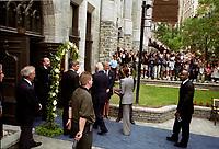 2001 07 23 CEL - BAPTEME FILS de CELINE DION - JPEG LS 5000