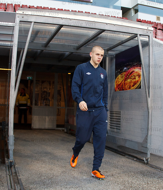 Vladimir Weiss recovers sufficiently to report for training at PSV's ground tonight