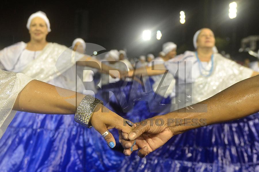 ATENÇÃO EDITOR FOTO EMBARGADA PARA VEÍCULOS INTERNACIONAIS - SÃO PAULO, SP, 12 DE JANEIRO DE 2013 - ENSAIO TÉCNICO NENÊ DE VILA MATILDE - Rainha da bateria Deborah Caetano durante ensaio técnico da Escola de Samba Nenê de Vila Matilde na preparação para o Carnaval 2013. O ensaio foi realizado na noite deste sábado (12) no Sambódromo do Anhembi, zona norte da cidade. FOTO LEVI BIANCO - BRAZIL PHOTO PRESS
