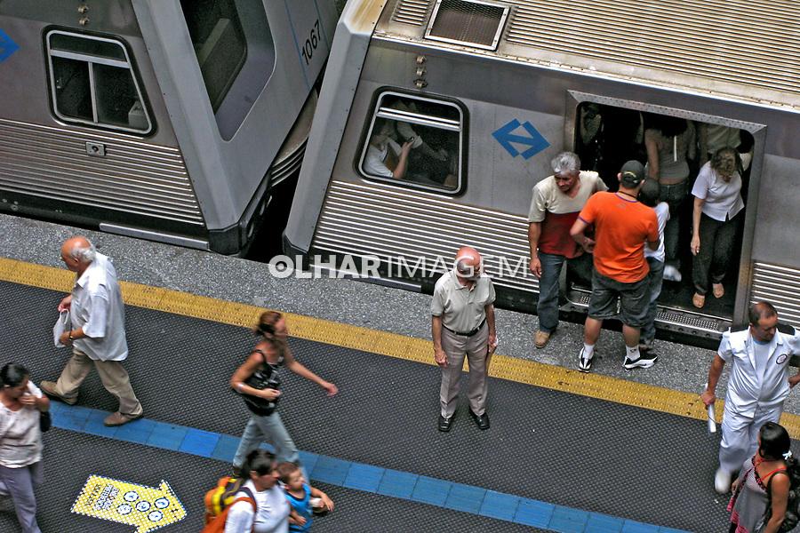 Estação do metrô Praça da Sé. São Paulo. 2008. Foto de Juca Martins.