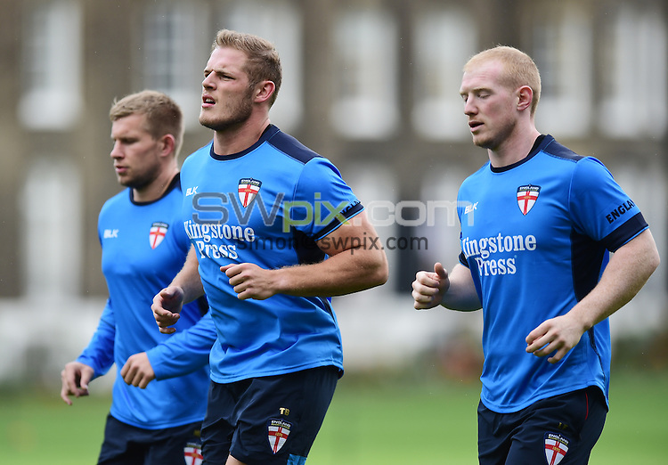 Picture by Alex Broadway/SWpix.com - 16/10/2016 - Rugby League - England Rugby League Training Session - HAC, London, United Kingdom - Tom Burgess of England.