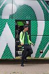 17.05.2018, Stadion am Auetal, Ahlerstedt, GER, FSP, Auswahl Ahlerstedt / Ottendorf vs SV Werder Bremen<br /> <br /> im Bild<br /> Marco Friedl (Werder Bremen #32) steigt aus dem Mannschaftsbus aus, <br /> <br /> Foto &copy; nordphoto / Ewert