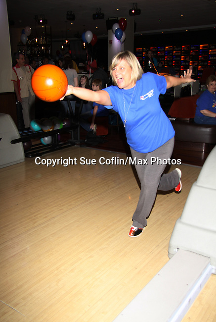 One Live To Live and Guiding Light Kim Zimmer bowls at The Seventh Annual Daytime Stars and Strikes benefitting The American Cancer Society hosted by Elizabeth Keifer and Jerry VerDorn with actors from One Life To Live, All My Children, As The World Turns and Guiding Light on October 9, 2010 in New York City, New York. (Photo by Sue Coflin/Max Photos)