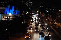 SÃO PAULO - SP - 12,08,2014 - TRÂNSITO CAPITAL/SP - O motorista encontra lentidão na     Avenida Rebouças ambos os     sentidos. Região oeste da cidade de São Paulo,nessa terça-feira,12 (Foto:Kevin David/Brazil Photo Pres)