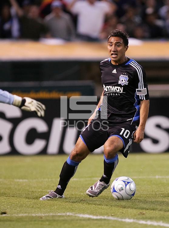Arturo Alvarez approaches the goal. San Jose Earthquakes tied Los Angeles Galaxy 1-1 at the McAfee Colisum in Oakland, California on April 18, 2009.