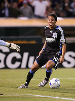 Arturo Alvarez approaches the goal. San Jose Earthquakes tied Los Angeles Galaxy 1-1 at the McAfee Colisum in Oakland, California on April 18, 2009.