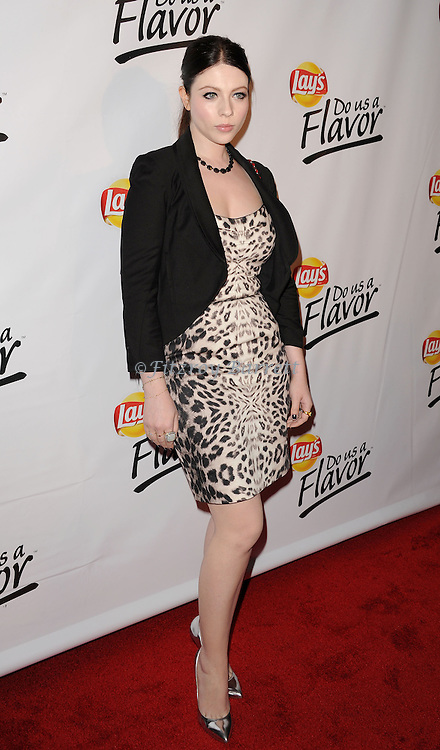 """May 6, 2013   Beverly Hills, Ca..Michelle Trachtenberg.Eva Longoria and the Lay's Brand Announce the Winning Flavor in Lay's """" Do Us a Flavor"""" contest at Beso Restaurant in Hollywood CA..© Fitzroy Barrett / AFF-USA.COM"""