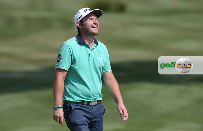 Andy Sullivan (ENG) enjoying the craic during Round Two of the 2015 Alstom Open de France, played at Le Golf National, Saint-Quentin-En-Yvelines, Paris, France. /03/07/2015/. Picture: Golffile | David Lloyd<br /> <br /> All photos usage must carry mandatory copyright credit (&copy; Golffile | David Lloyd)