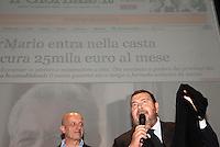 """Giuliano Ferrara e Alessandro Sallusti all'incontro """"Subito al voto"""" da lui organizzato al teatro Manzoni. Milano, 12 novembre 2011..Giuliano Ferrara and Alessandro Sallusti at the meeting """"Vote now"""" organized by himself at Manzoni theater. Milan, November 12, 2011."""