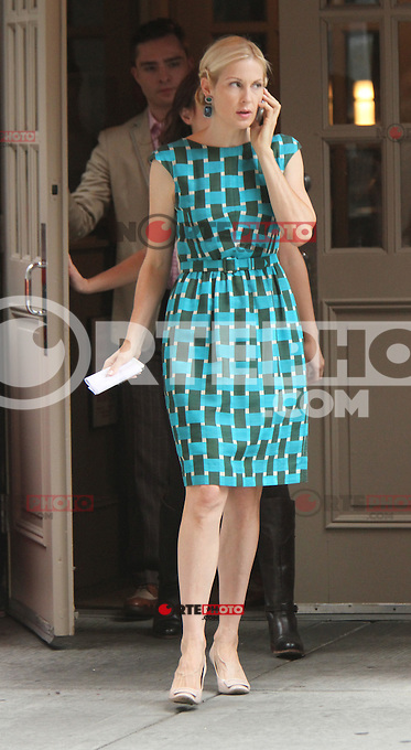 August 10, 2012 Kelly Rutherford shooting on location for  Gossip Girl in New York City.Credit:&copy; RW/MediaPunch Inc. /NortePhoto.com*<br />