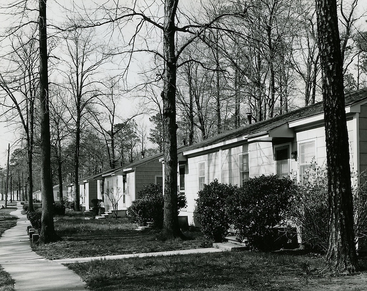 1964 March 19..Assisted Housing..Liberty Park (6-17)..CAPTION..HAYCOX - R. V. Fishbeck.NEG# C64-329-6.NRHA# 3488..