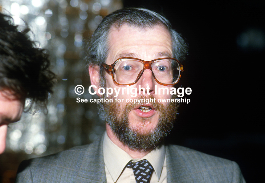 Daithi O Ceallaigh, aka David Kelly, Dept of Foreign Affairs, Rep of Ireland, 19851114DOK1..Copyright Image from Victor Patterson, 54 Dorchester Park, Belfast, UK, BT9 6RJ..Tel: +44 28 9066 1296.Mob: +44 7802 353836.Voicemail +44 20 8816 7153.Skype: victorpattersonbelfast.Email: victorpatterson@me.com.Email: victorpatterson@ireland.com (back-up)..IMPORTANT: If you wish to use this image or any other of my images please go to www.victorpatterson.com and click on the Terms & Conditions. Then contact me by email or phone with the reference number(s) of the image(s) concerned.
