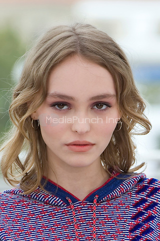 Actress Lily-Rose Depp attends the 'The Dancer (La Danseuse)' photocall during the 69th annual Cannes Film Festival at the Palais des Festivals on May 13, 2016 in Cannes<br /> CAP/NW<br /> &copy;NW/Capital Pictures /MediaPunch ***NORTH AND SOUTH AMERICA ONLY***