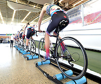 CALI – COLOMBIA – 15-02-2017: Equipo femenino de Canada, durante entreno en el Velodromo Alcides Nieto Patiño, sede de la Copa Mundo UCI de Pista de Cali 2017. / Women's Team Canada, during a training sesión at the Alcides Nieto Patiño Velodrome, home of the Cali Track World Cup 2017 UCI. Photo: VizzorImage / Luis Ramirez / Staff.