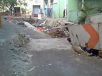 SAO PAULO - SP - 06 DE JUNHO DE 2013 - OBRAS EM PINHEIROS - Obras na rua Sebastião Gil, Pinheiros, zona oeste na tarde desta quinta-feira, 06. FOTO: MAURICIO CAMARGO / BRAZIL PHOTO PRESS.
