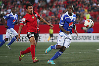 TIJUANA -MÉXICO, 10-04-2013. Noe Maya (I) del Tijuana y Dhawlin Leudo (D) de Millonarios durante el juego de la fase de grupos de la Copa Libertadores 2013 en el Estadio Caliente en Tijuana, Mexico./  Noe Maya (l) of Tijuana and  Dhawlin Leudo (l) of Millonarios fights for tha ball during match of the groups stage of Libertadores Cup 2013 at Caliente stadium in Tijuana, Mexico.  Photo: Gonzalo Gonzalez /JAM MEDIA/VizzorImage
