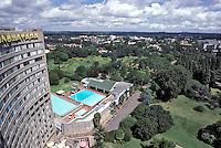 ZIMBABWE - Harare, centro della capitale, hotel Monamatapa.ZIMBABWE - Harare, center of town, Monomatapa hotel.