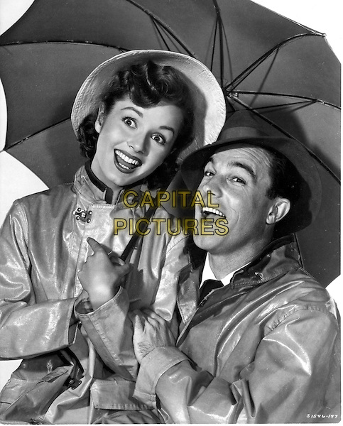 DEBBIE REYNOLDS & GENE KELLY .in Singing in the Rain.*Editorial Use Only*.Ref: FB.www.capitalpictures.com.sales@capitalpictures.com.Supplied by Capital Pictures.