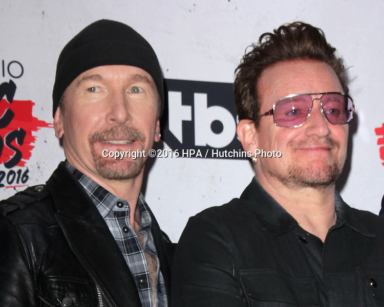 LOS ANGELES - APR 3:  Bono, The Edge at the iHeart Radio Music Awards 2016 Press Room at the The Forum on April 3, 2016 in Inglewood, CA