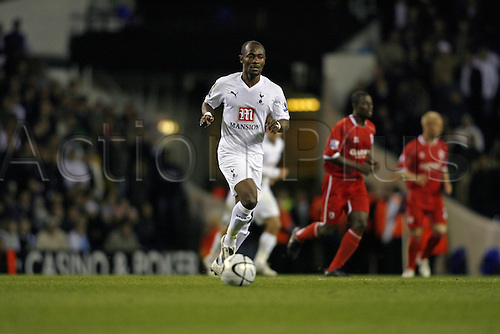 26 September 2007: Tottenham midfielder Didier Zokora with the ball during the Carling Cup game between Tottenham Hotspur and Middlesbrough, played at White Hart Lane. Spurs won the match 2-0. Photo: Actionplus....070926 football soccer player
