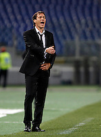 Calcio, Serie A: Roma vs Empoli. Roma, stadio Olimpico, 17 ottobre 2017.<br /> Roma&rsquo;s coach Rudi Garcia gestures to his players during the Italian Serie A football match between Roma and Empoli at Rome's Olympic stadium, 17 October 2015.<br /> UPDATE IMAGES PRESS/Isabella Bonotto