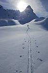 Mont&eacute;e en ski de randonn&eacute;e vers les chalets de Clapeyto. Au dessus de la vall&eacute;e d'Arvieux<br /> Queyras, France