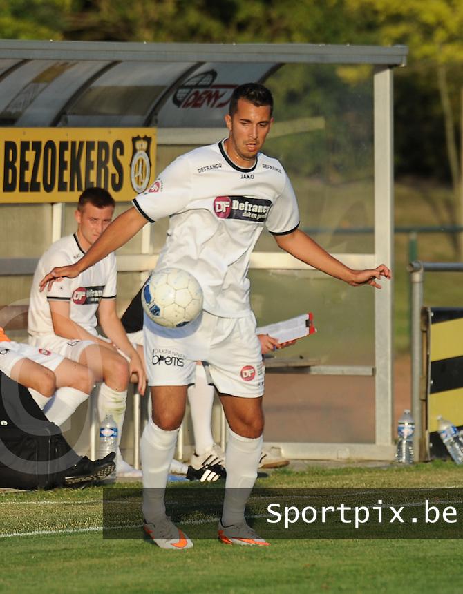 KSCT Menen - Winkel Sport :<br /> <br /> Winkel Sport : Romain Haghedooren<br /> <br /> foto VDB / BART VANDENBROUCKE