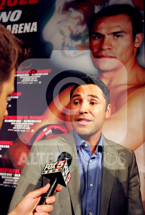 Oscar De La Hoya speaks with the media. Floyd Mayweather v Juan Manuel Marquez press conference at the MGM Grand to announce the comeback of Floyd Mayweather Jnr on July 18th 2009.