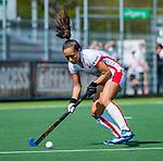 AMSTELVEEN - Shihori Oikawa (OR)  tijdens de hoofdklasse competitiewedstrijd hockey dames,  Amsterdam-Oranje Rood (5-2). COPYRIGHT KOEN SUYK