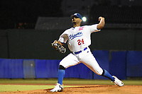 MONTERIA - COLOMBIA, 23-11-2019: Vaqueros de Montería y Caimanes de Barranquilla en el juego 1 de la serie 4 de la Liga Profesional de Béisbol Colombiano temporada 2019-2020 jugado en el estadio estadio Dieciocho de Junio de la ciudad de Montería. Victoria para Caimanes por marcador de 10-2. / Vaqueros de Monteria and Caimanes de Barranquilla in match 1 series 4 as part Colombian Baseball Professional League season 2019-2020 played at Baseball Stadium on June 18 in Monteria city. Victory to Caimanes by score of 10-2, Photo: VizzorImage / Andres Felipe Lopez / Cont