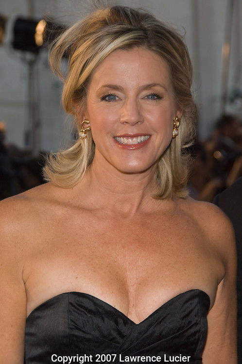 Journalist Deborah Norville arrives at the Metropolitan Opera's opening night of the 2007-2008 season at Lincoln Center in New York City.. (Pictured : Deborah Norville).