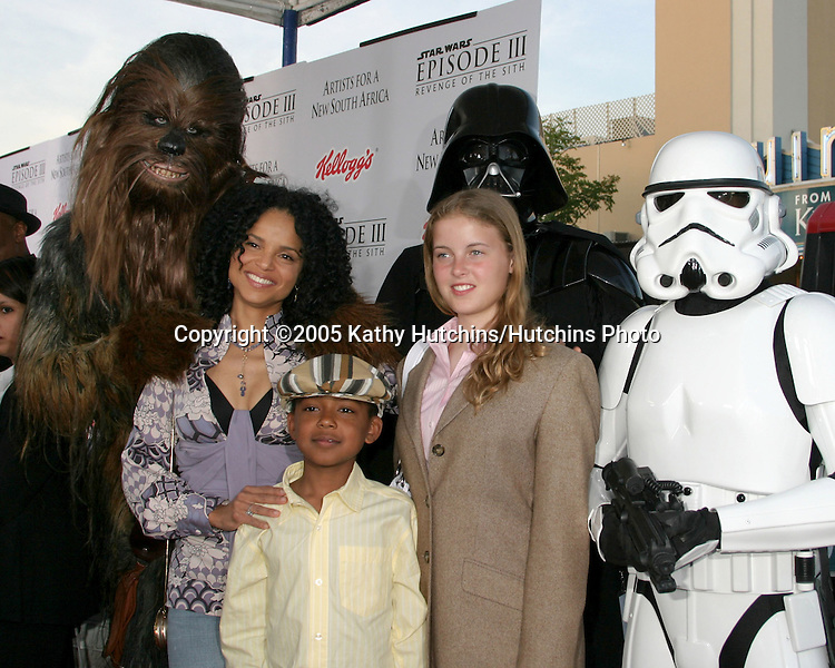 Victoria Rowell and her children.Star Wars 3 :  The Revenge of the Sith Premier.Mann's Village Theater.Westwood,  CA.May 12, 2005.©2005 Kathy Hutchins / Hutchins Photo