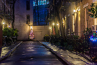 New York, NY 22 December 2015 Patchin Place at Christmastime
