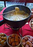 Alimentos. Fondue queijo. Foto de Cris Berger.